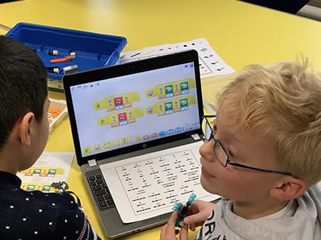 lego-education_wedo2.0_4