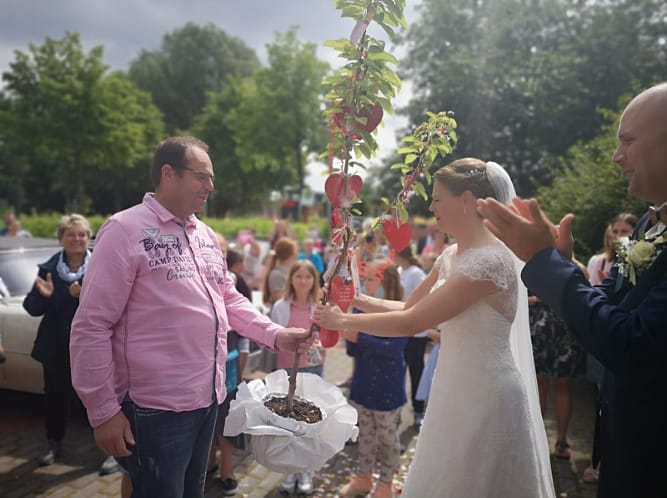 Maren Schulze Westerhoff (ehem. Suhr) hat geheiratet